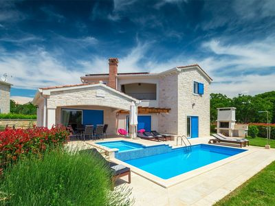 Photo for Beautiful villa with sea view just out of Porec