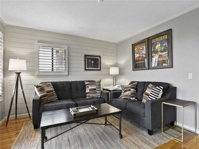 Photo for Beach & Tennis Admirals Row 320, 2 Bedrooms, WiFi, Pool Access, Sleeps 6