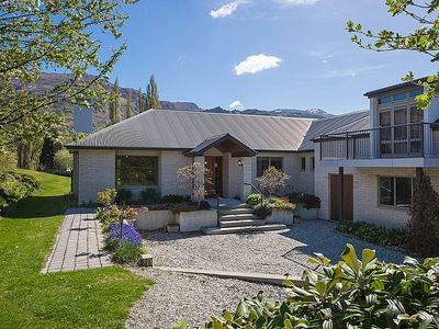 Photo for Lakes Retreat - Queenstown Holiday Home