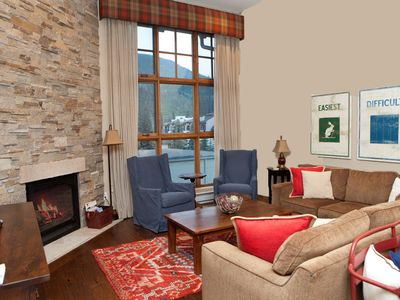 Photo for Luxury condo, walking distance to Lionshead Gondola 4B  & 4B premier partner