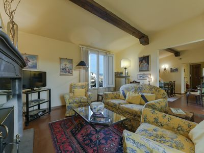 Photo for Mimi - Two-bedroom apartment in Santa Croce church area, Florence