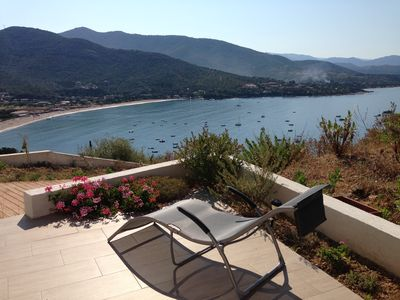 Photo for Ground floor villa, breathtaking views! Apartment 5 minutes walk from the beach