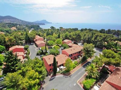 Photo for Residence Club Les Chênes Verts, St. Raphaël  in Var - 5 persons, 1 bedroom