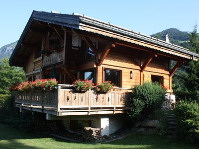Photo for Luxurious traditional Savoyard wooden chalet with spa and sauna