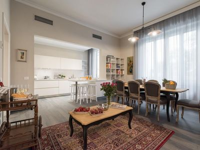 Photo for Spacious Oasis apartment in Piazza della Libertá with WiFi, integrated air conditioning, private pa…