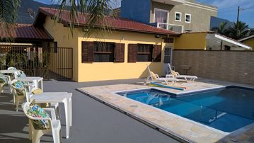 House in Condominium Patrimonium Portal, swimming pool, barbecue and security 24 hs.