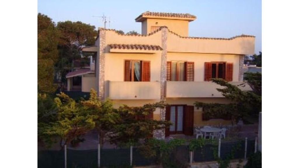 Apartment In Villa With Garden And Pine For Homeaway