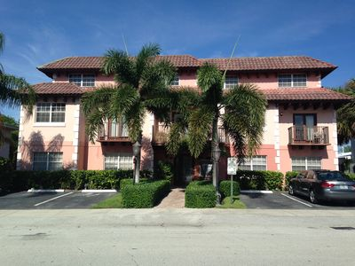 Photo for Lauderdale By The Sea Condo Townhouse One Block From The Beach