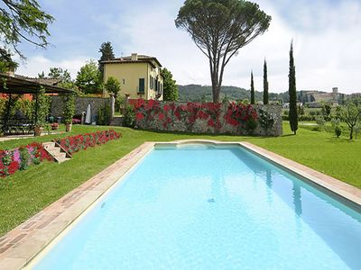 Photo for 6BR Villa Vacation Rental in Lucca, Toscana
