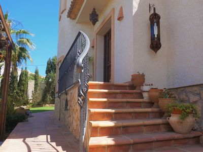 Photo for Beautiful Villa for 7 people in a prime location outside kitchen, private pool, jacuzzi