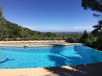 Photo for Provençal Villa with private heated pool and fantastic Sea & Montain views