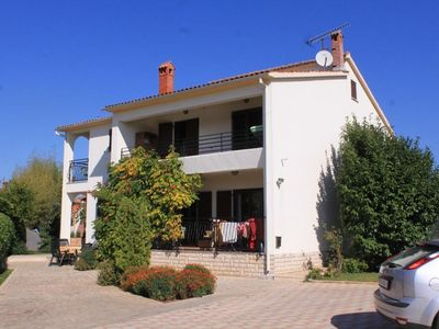 Photo for 1BR Apartment Vacation Rental in Fažana