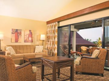 Kailua-Kona, HI: 2BR Condo, Beachside Resort w/Pools, Activities & Water Sports