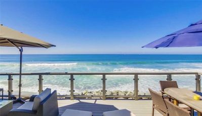 Photo for Cozy Beach Front Cabin with AC: beautiful ocean views/private beach
