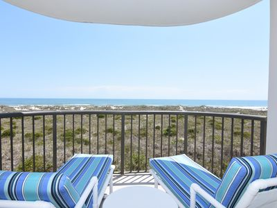 Photo for DR 2206 - Cozy oceanfront condo with a pool and tennis courts