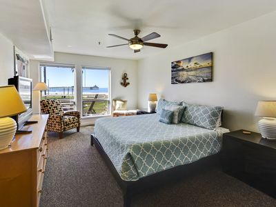 Beautiful Sunny 3 Bedroom Ground Floor with Southwest View of the Ocean