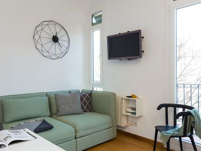 Photo for 1BR Apartment Vacation Rental in Barcelona, Cataluña
