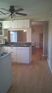 Perfect location! Perfect Price! Includes Breakfast and parking, perfect for all