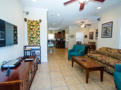 Photo for Luxury Island Home, Close to everything, pool, parking, beach chairs & 7 bikes!