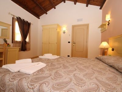 Photo for Camera degli Altavilla, room with window