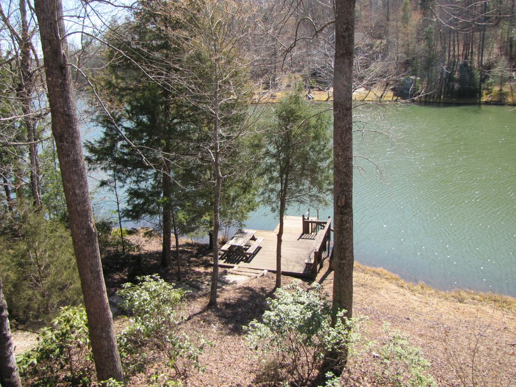Property Image#16 Lakeside Retreat A Beautiful Lakefront Log Cabin, On  Mirror Lake~