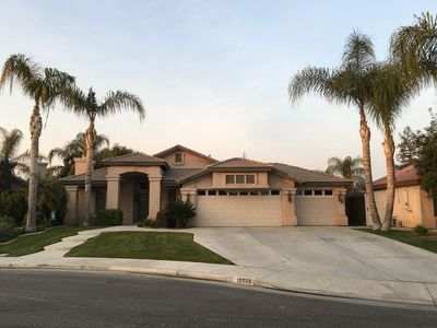 Photo for Modern 3 bedroom with a pool in the NW!