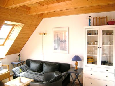 Photo for Cozy beach apartment for 4 people - Free Wi-Fi