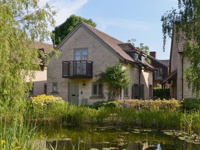 Photo for 4BR House Vacation Rental in Cirencester