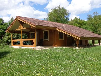 Photo for An attractive chalet surrounded by greenery in a splendid holiday park