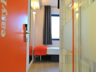 Photo for Single room standard, shower / toilet - easyHotel Bernkastel