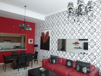 Photo for Stunning 3 bedroom apartment with sea view 5 minute walk from JBR Beach.