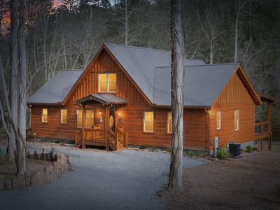 Photo for HOOKED ON THE TOCCOA RIVER - 50ft from the River-15 min to Blue Ridge! w/Hot Tub