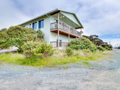 Photo for Spacious home w/ ocean & lake views, across the street from beach access!