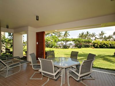 Photo for Comfortable 2 Bedroom Unit Close to the Pool