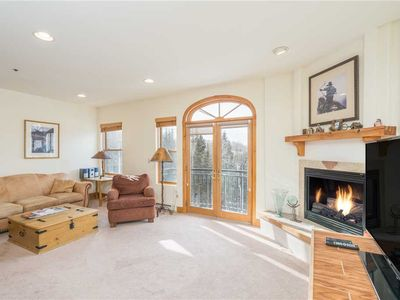 Photo for Perfect for Your Getaway! 1-Bedroom Condo With Mountain Views, Pool & Hot Tub Access