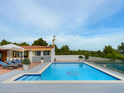 Photo for Casely villa with outdoor pool
