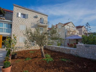Photo for Apartment in Sutivan (Brač), capacity 2+0
