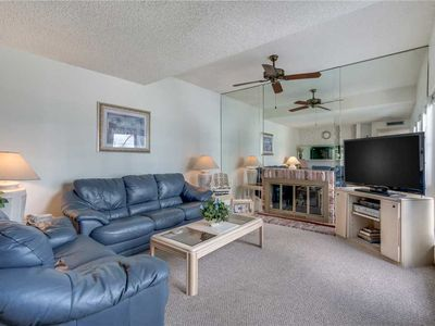 Photo for Madeira Beach Yacht Club 323E,  2 Bedroom, Sleeps 6, Heated Pool