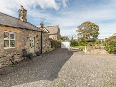 Photo for PUFFIN COTTAGE, pet friendly, with open fire in Alnmouth, Ref 7020
