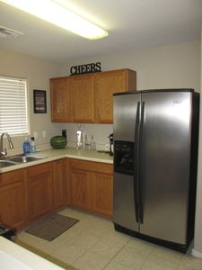 Newly Renovated Kitchen, Keurig,Toaster oven, Blender and all kitchen essentials