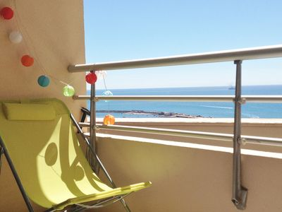 Photo for Beautiful sea view terrace, swimming pool, private parking. Beach and downtown.