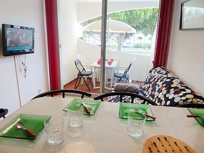 Photo for Apartment Le Viking in La Grande Motte - 4 persons, 1 bedrooms