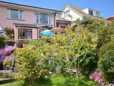 Photo for Ground floor apartment for two, short walk to Perranporth village and beach.
