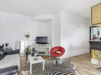 Photo for Charming 2 Rooms Canal Saint Martin