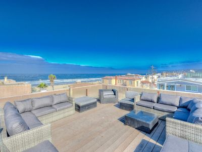 Mission Beach Condo just steps off the beach
