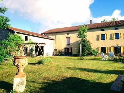 Photo for 1896 Farmhouse 5 Rooms 9 Guests. Great Nature in Farming Country.
