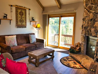 Photo for Beautiful Condo just 2 Miles to Ski Resort w/Fireplace, Pool, Hot Tub, Tennis Court, Workout Access