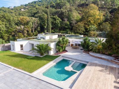 Photo for Magnificent wellness and tennis villa with pool and spa heated all year round
