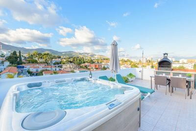 Enjoy the jacuzzi on the gorgeous terrace.