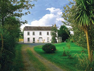 Photo for Self contained rear wing of fine country house (dating from early 18th century) in delightful…